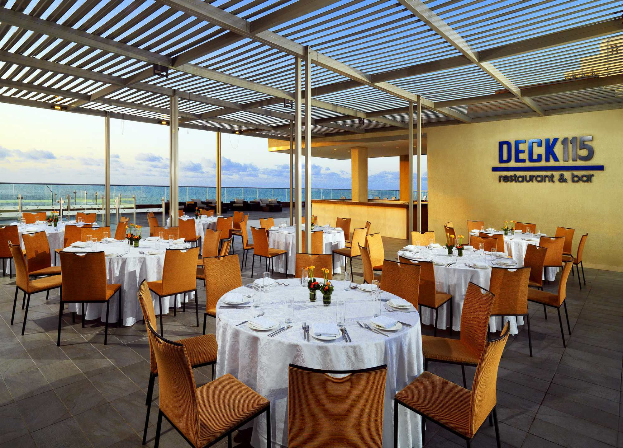 Deck 115, Pool Restaurant & Bar